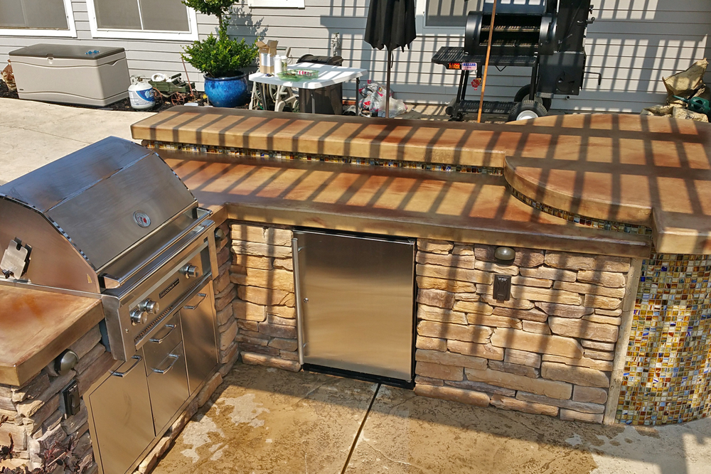 Outdoor Kitchen with Hand-Laid Tile Accents