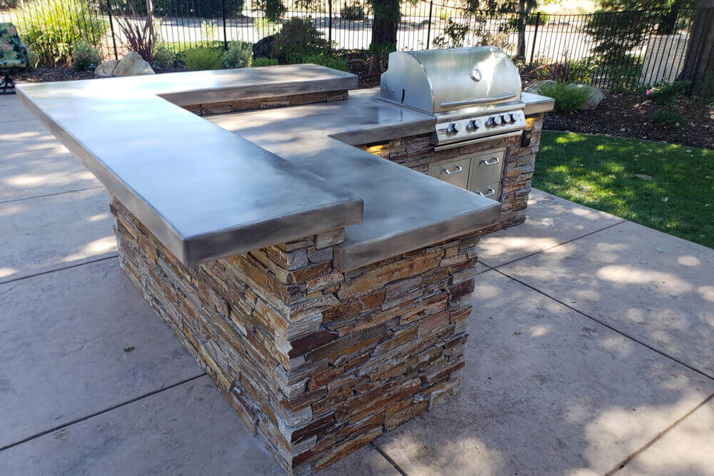 Natural Ledge Stone Outdoor Kitchen Designed to Entertain in Rancho Murrieta